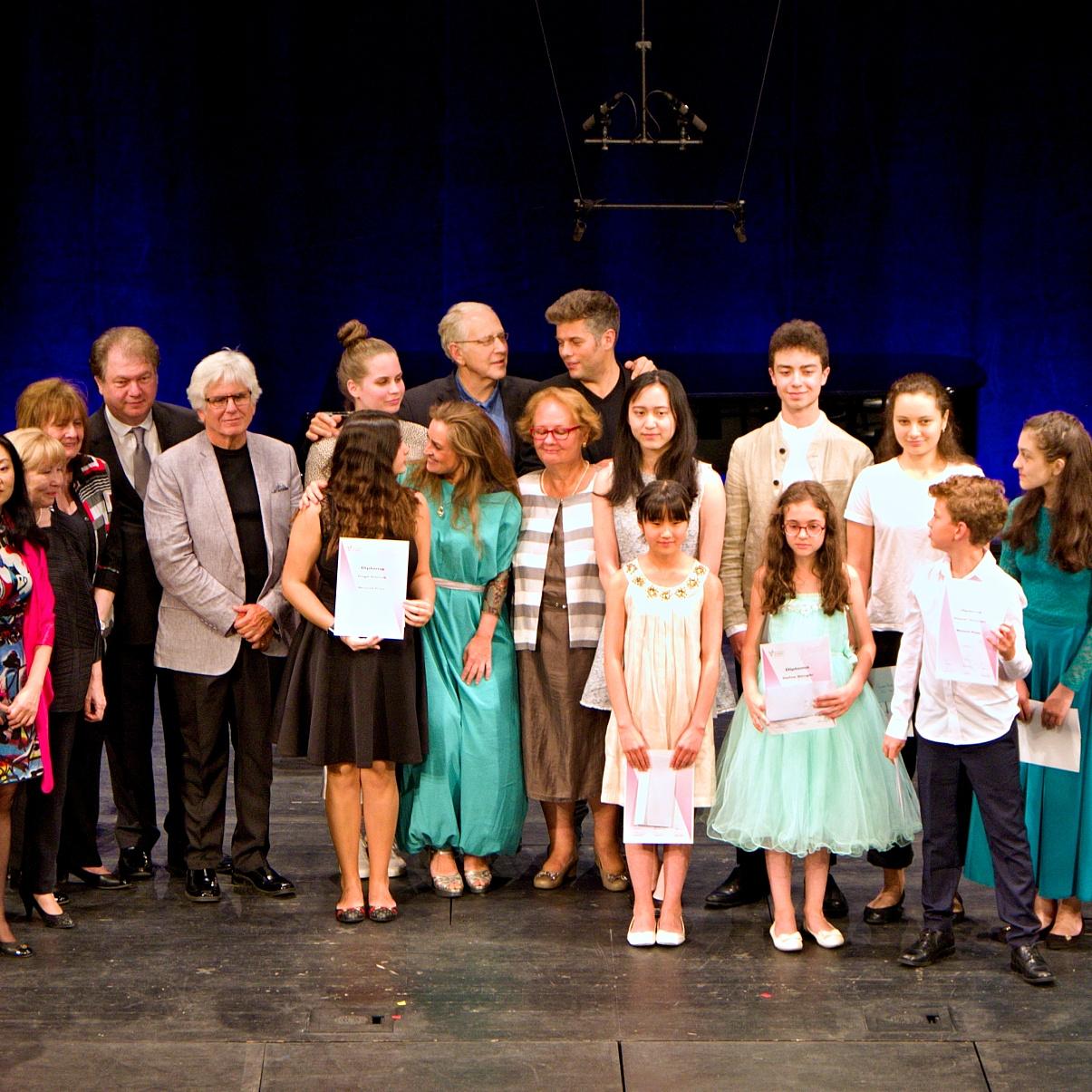 Ők lettek a III. Fehér Ilona Nemzetközi Hegedűverseny díjazottjai